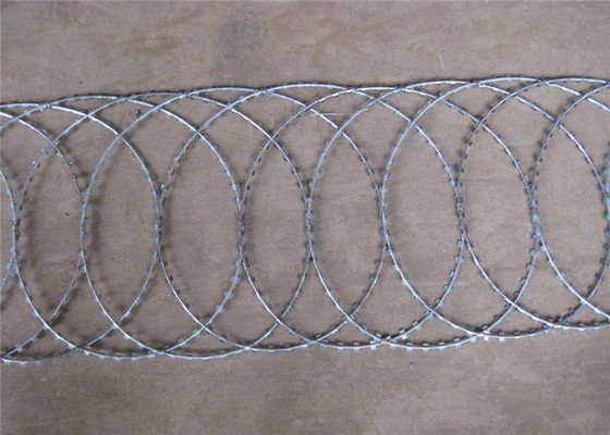 China BTO-22 CBT-65 High Security Wire Fence , Prison Coiled Military Flat Barbed Wire supplier