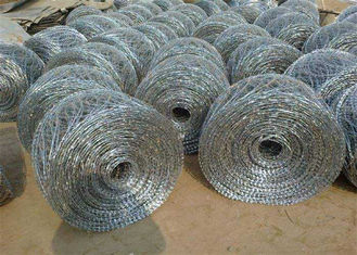 China Concertina Razor  Spiral  Security Barbed Wire  Barrier  Off Road Flat Wrap supplier